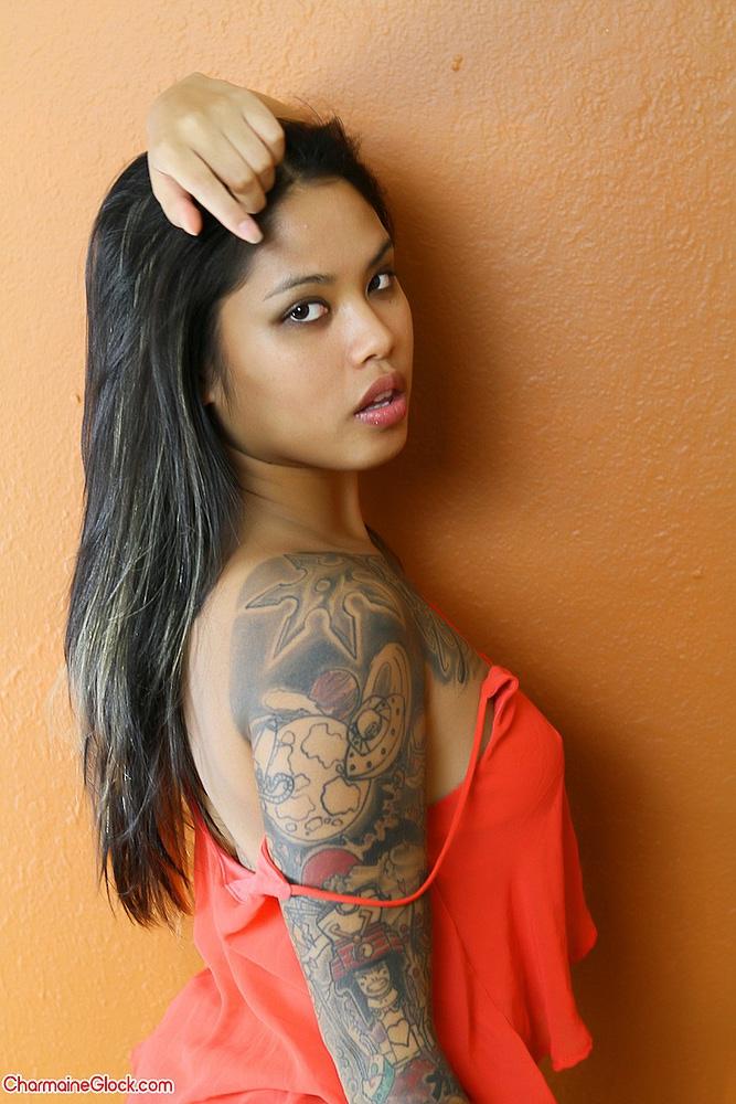 Devine Asians - Babi Syn Asian Hottie